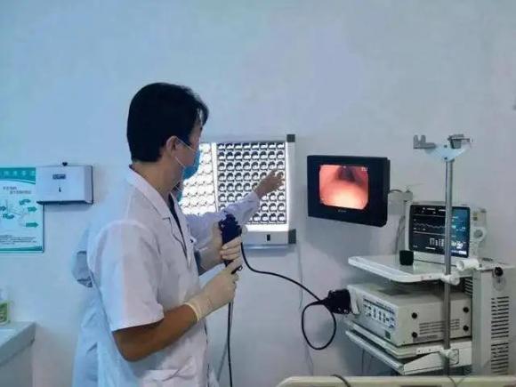 呼市東大肛腸醫院 只是做胃鏡檢查,為何要抽血、做心電圖?