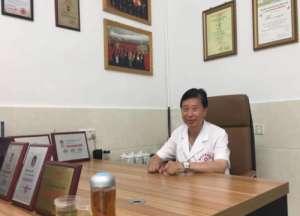 中醫國粹人物專題報道——喬氏特色療法中心創辦人喬純禮醫師