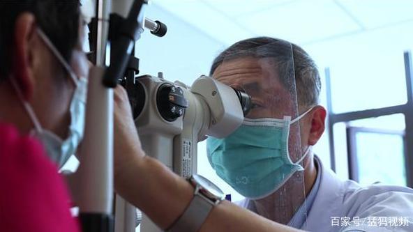 为10万余名白内障患者带来光明 河南眼科专家陈刚提醒:治白内障没神药